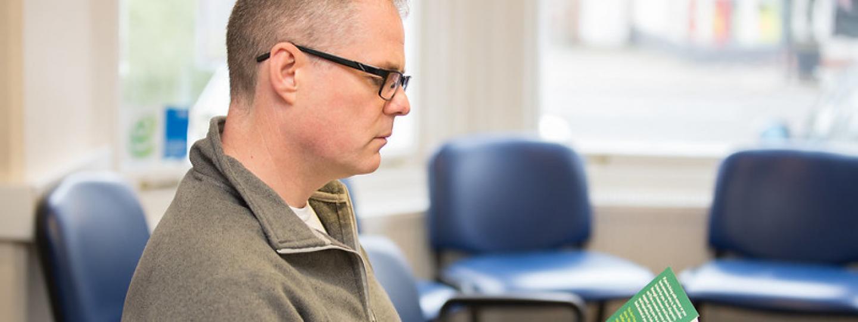 Person reading MS Pulse Check